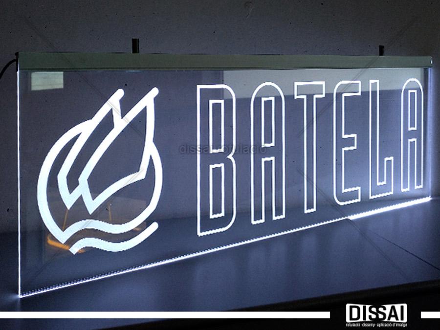 BATELA: Luz filtrante