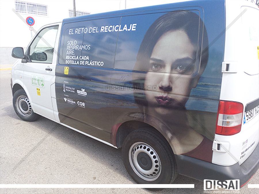 ROTULACIÓN INTEGRAL DE VEHÍCULO: El reto del reciclaje
