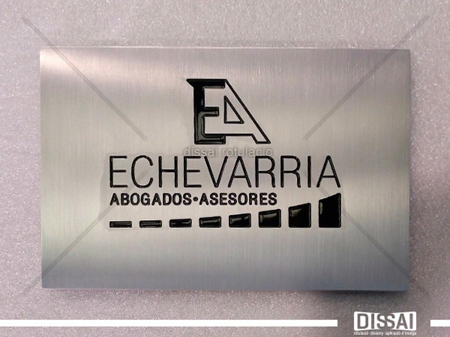 Placa de abogado en valencia. Grabado sobre acero esmerilado y esmaltado